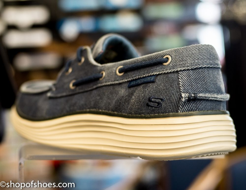 Skechers Expected Tomen in Navy available to try and buy